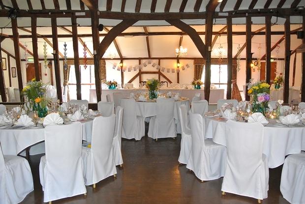 Suffolk wedding venue offers £1,000 wedding package