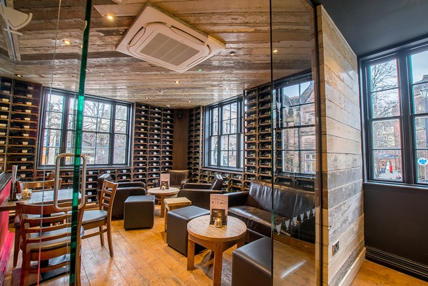 Italian wine café set to open their first site in Wales