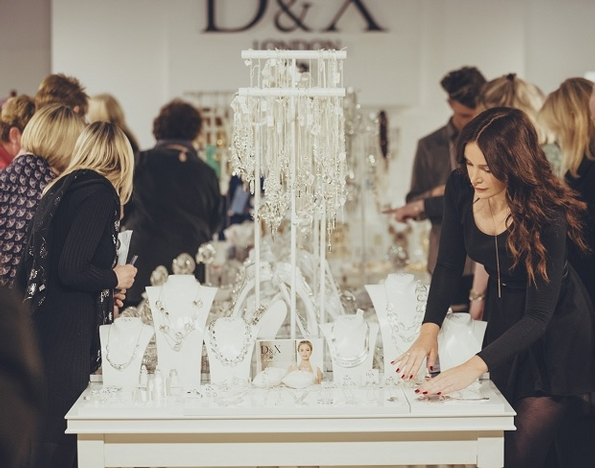 Trends showcase and new collections shine at Jewellery & Watch 2018